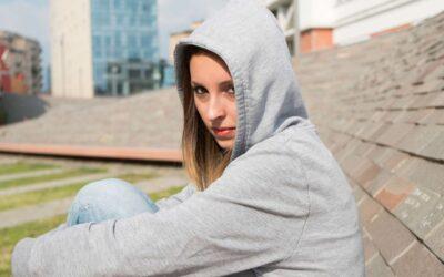 Depresja młodzieży jest częstym problemem. Wymaga psychoterapii i niekiedy kontaktu z psychiatrą.