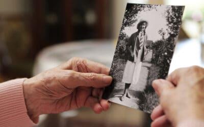 """Alzheimer """"bez pazurów"""" – jak zapobiegać, rozpoznać i leczyć chorobę Alzheimera"""